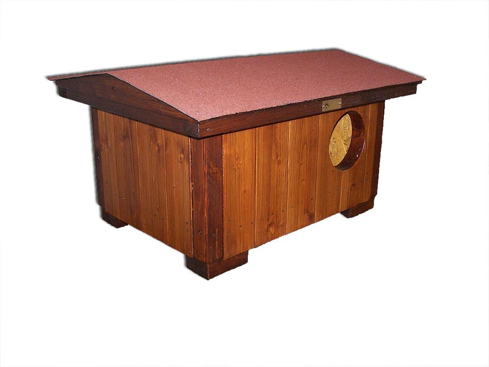 """bouda """"G"""", standartní bouda pro 1 kočku, sedlová střecha symetrická se šindelovým pásem červené barvy, cena 2600,-Kč"""