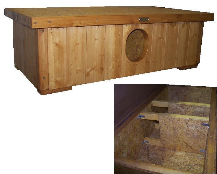 """bouda """"E"""", předsíňka uprostřed a po obou stranách ložnice pro 2 a 2 kočky (jedna ložnice má plochu 60x45cm), cena 3800,-Kč"""