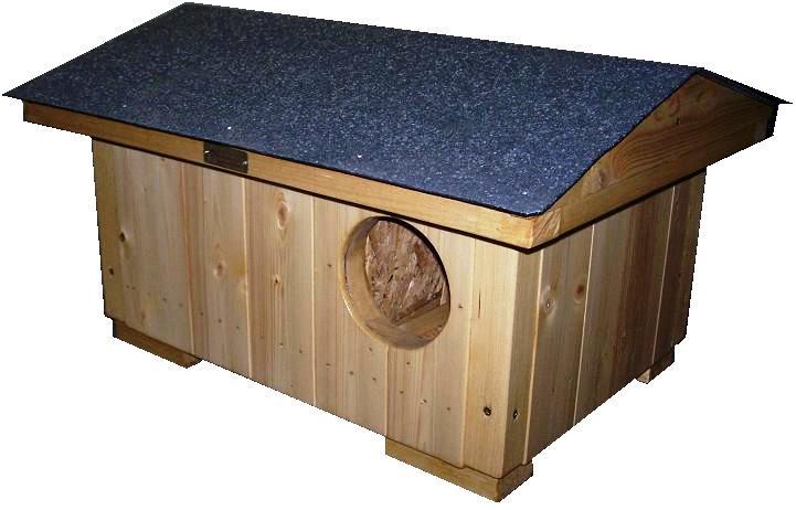 """bouda  """"M"""", standartní bouda pro 1 kočku, sedlová střecha symetrická se šindelovým pásem šedé barvy, cena 2600,-Kč"""
