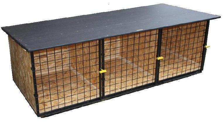 kotec 6 - odkládací trojkotec na cvičiště, vel. 2,5x1x0,8m, střecha spáditá vzad, pokryta obyčejným asf. lepenkovým pásem, dřevěné díly bez nátěru, kovové natřené, cena 6.000,-Kč